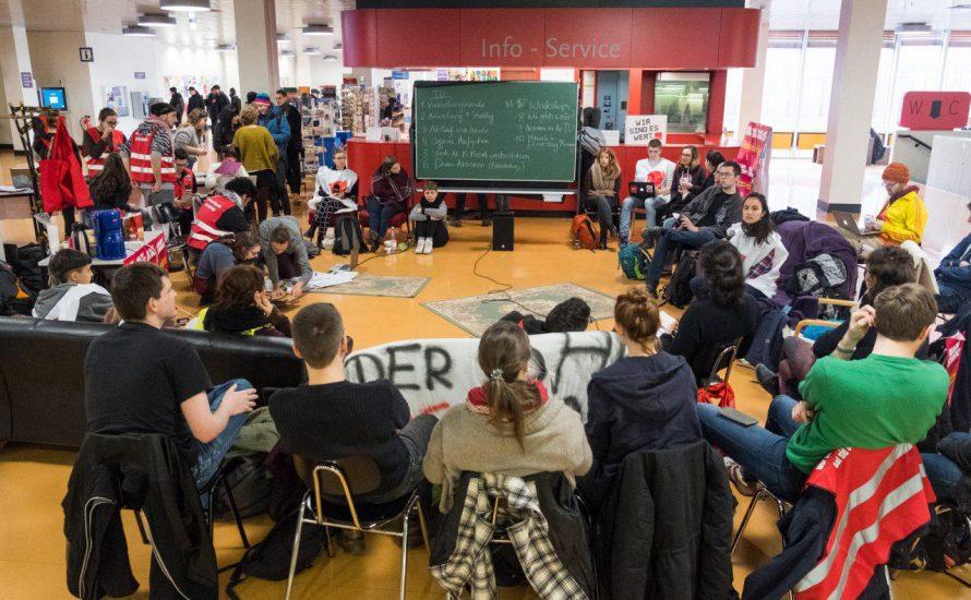Vom Iran zum Botanischen Garten: Erfolgreicher Workshop-Nachmittag beim TV-Stud-Streik an der FU
