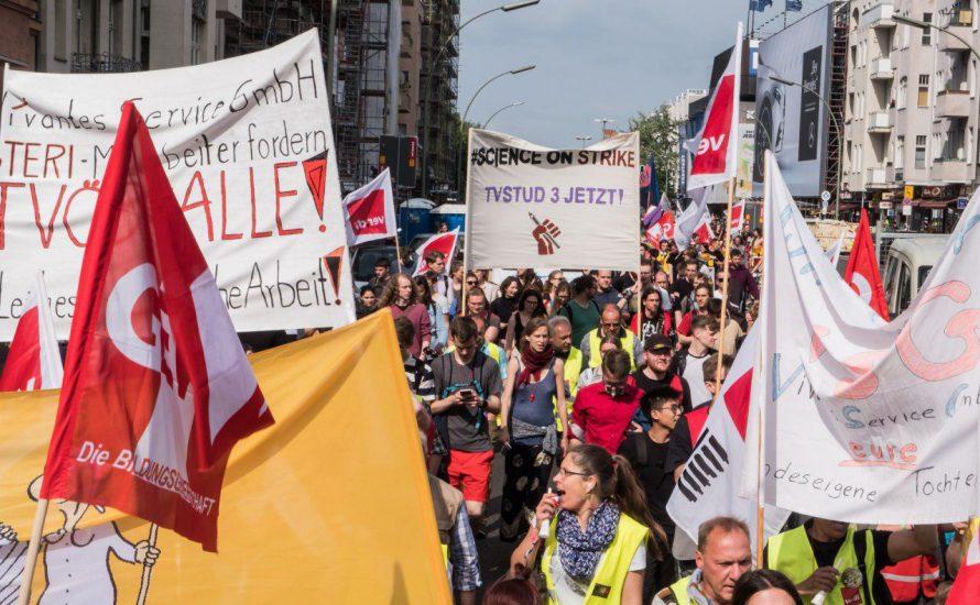 """1500 TVStud- und VSG-Streikende demonstrieren gemeinsam: """"Weiterkämpfen  bis zum Sieg!"""" [mit Fotos und Videos]"""