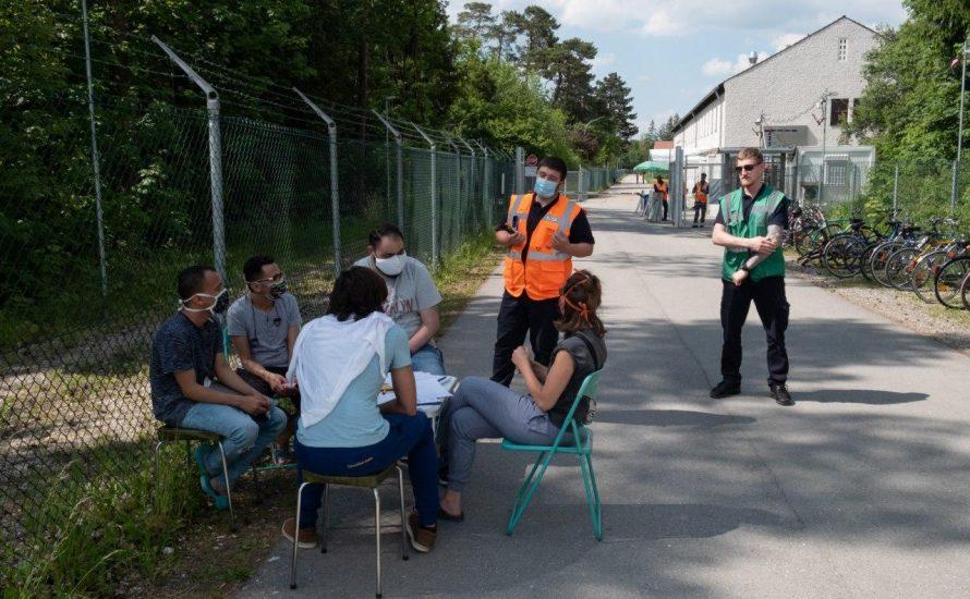 """Infektionsrisiko Lagerzwang: """"Seife gibt es nicht"""""""