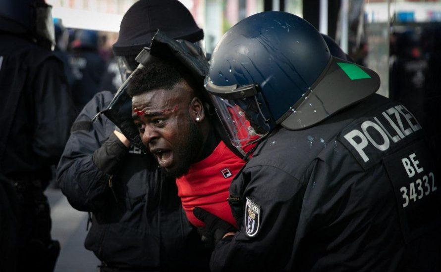 Berlin: Schwarze Aktivist*innen verurteilen Polizeigewalt nach #BlackLivesMatter-Demonstration