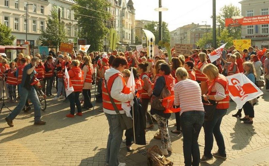In Rostock demonstrieren Studierende und Erzieher*innen für bessere Bildung – aber warum getrennt?