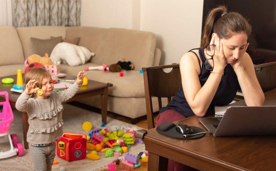 Frauen in der Corona-Krise – Wie die eigene Wohnung zum Käfig wird