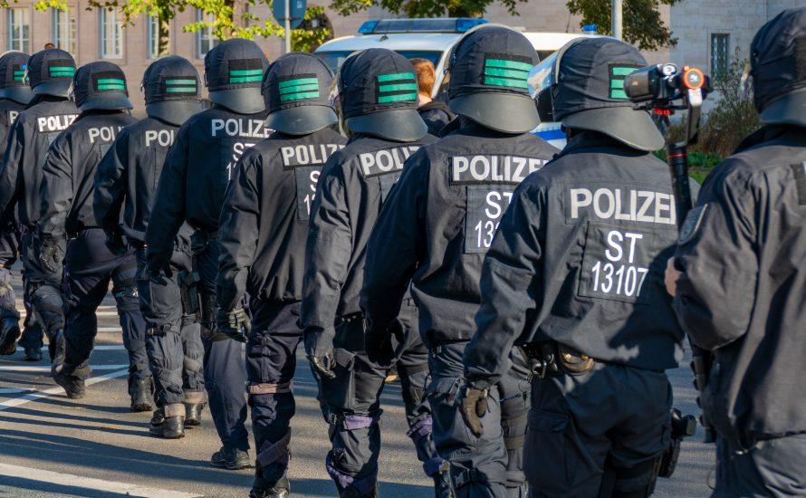 #ZeroCovid: Nur mit Polizeistaat durchsetzbar?