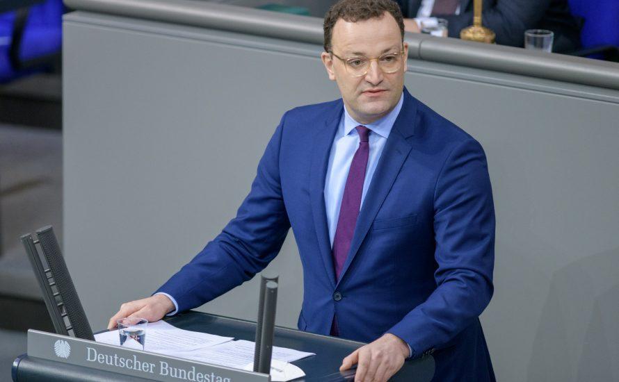 Gesundheits-Profit-Minister Jens Spahn stellt sich den Fragen des Parlaments