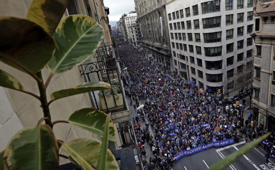 Barcelona: Halbe Million Menschen für die Aufnahme von Geflüchteten