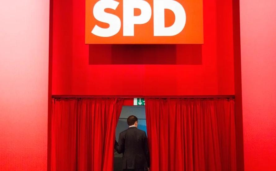 SPD klammert sich trotz neuer Spitze an die GroKo, oder: Die Agonie der deutschen Sozialdemokratie