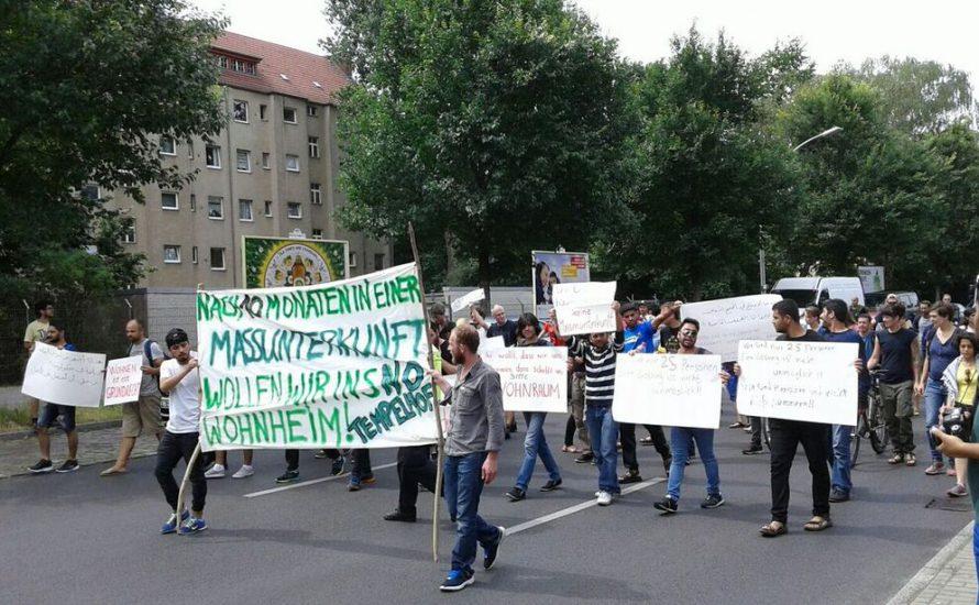 Kämpferischer Widerstand von Geflüchteten an der Jahnsporthalle [mit Fotogalerie]