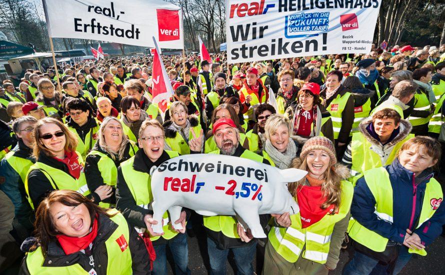Real-Kampf: Einigung mit Schließungen oder Fortsetzung des Streiks?