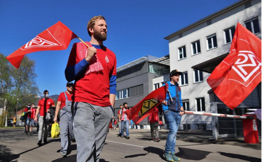 """Unbefristeter Streik bei VOITH in Sonthofen! – """"Voith kann gehen, wir bleiben hier!"""""""