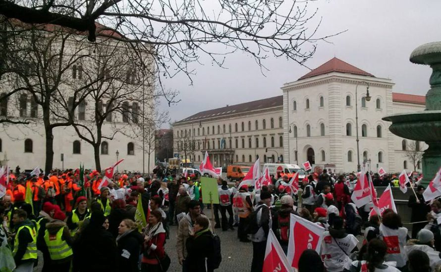 München: Landesbeschäftigte im Warnstreik